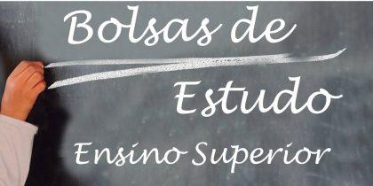 (Português) Município de Viana atribui bolsas de estudo a alunos do ensino superior